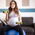 Упражнения во время беременности: щадящий режим тренировок, рекомендации врача, работа групп мышц, положительная динамика, показания и противопоказания