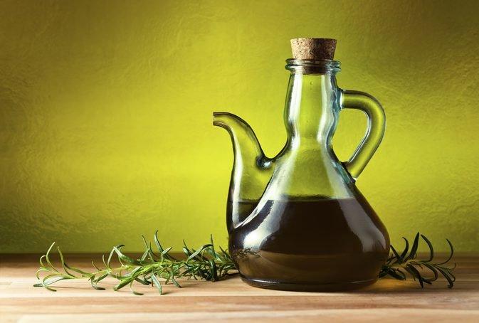 что лучше оливковое или подсолнечное масло