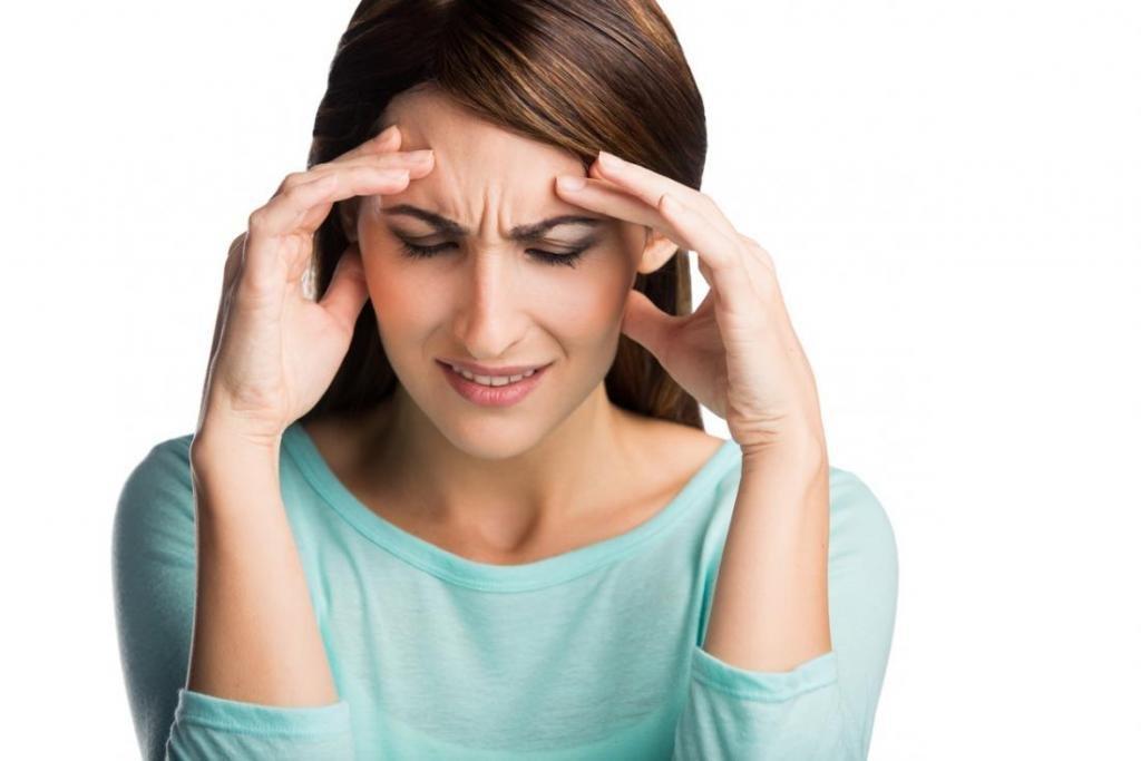 Головная боль от нарушения позвоночника