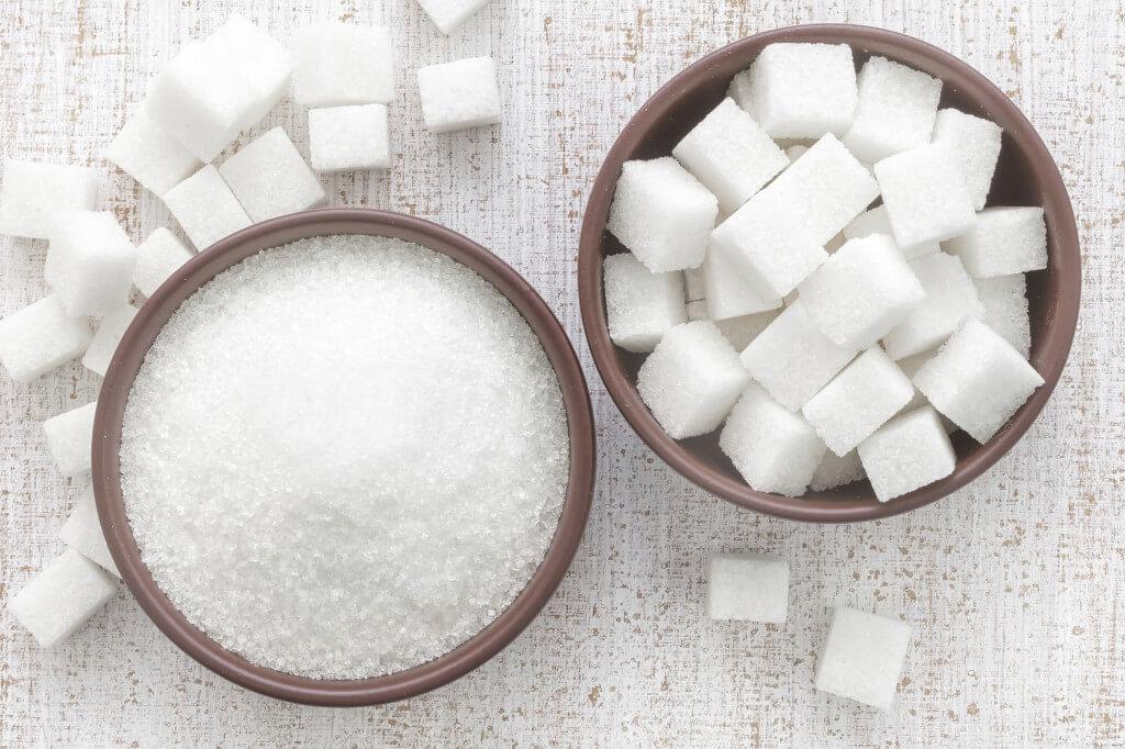 Разные виды белого сахара.
