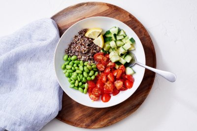 Сколько человек сжигает калорий в день: как узнать и рассчитать?