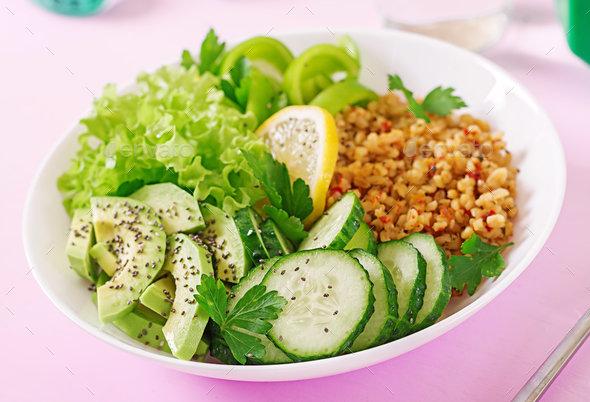 Гречка с салатом