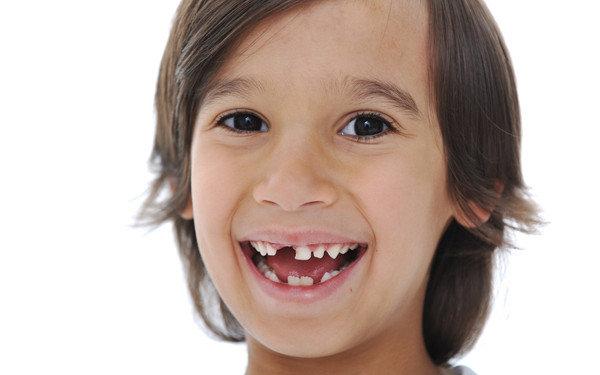 после удаления молочного зуба у ребенка