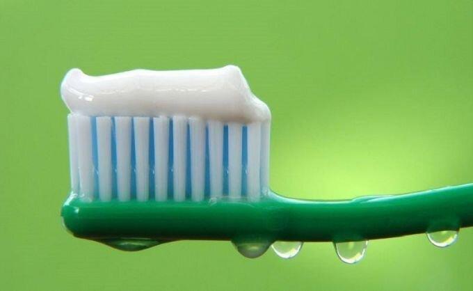 Из чего состоят зубные пасты