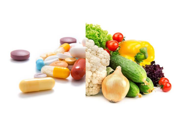 Таблетки и натуральные продукты