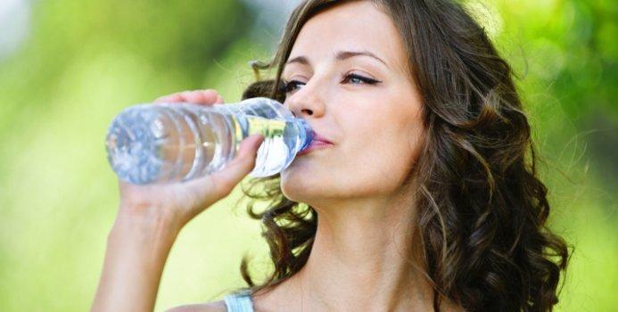 можно ли во время тренировок пить воду